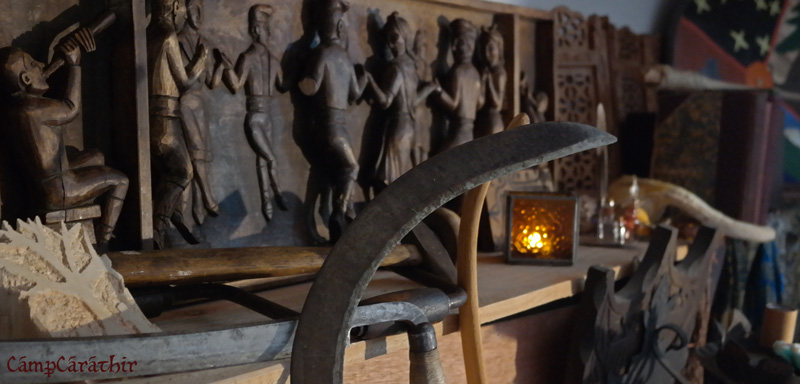 campcarathir-carving-blades